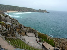 http://domenico1974.files.wordpress.com/2012/09/minack-theater-3.jpg?w=268&h=198