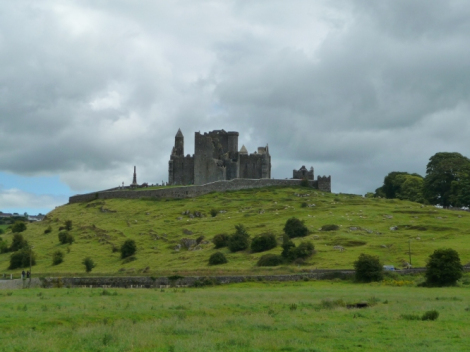 Rock of Cashel (1).JPG