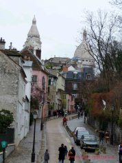 http://domenico1974.files.wordpress.com/2012/01/montmartre-place-dalida-1-copia.jpg?w=178&h=238